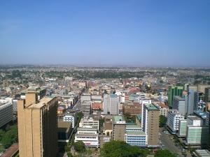 Sijambo, Nairobi! Nairobi dilihat dari puncak gedung Kenyatta International Conference Centre